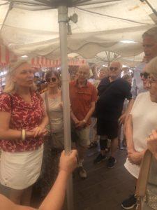 Stadsvandring i Nice hos JP på blomstermarknaden Maria Unde Westerberg