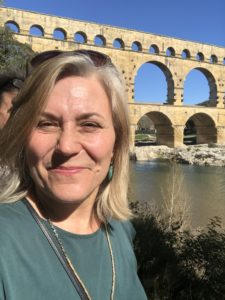 Maria vid Pont du Gard